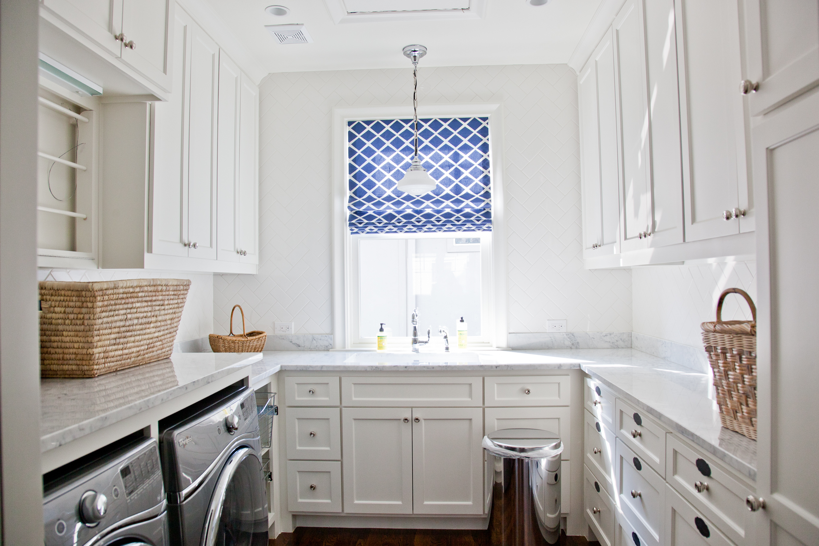 kitchen countertop wooden carrara countertops marble set with white ideas backsplash cabinet